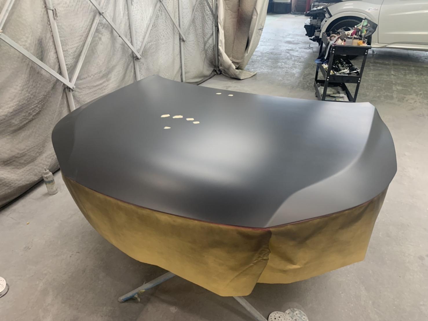 アコードアイブリッドのボンネット塗装修理とコーティング