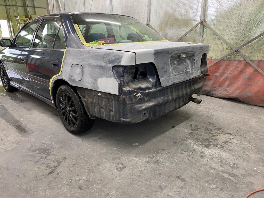 カリーナGTの修理とリヤスポイラー取付